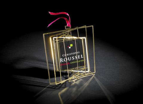 Boule de Noël personnalisée et originale en métal