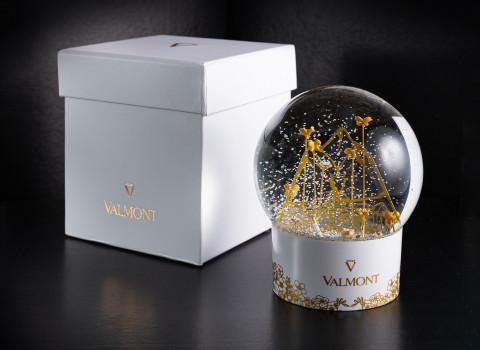 Fabrication d'une boule à neige exclusive prestige avec globe en verre