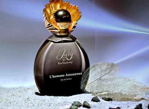 Selon votre brief, nous saurons vous accompagner dans la fabrication de capots de parfums spécifiques en zamak