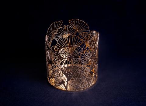Photophore luxe en métal, finement découpé, finition or
