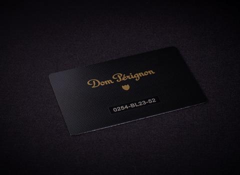 Fabrication de cartes de membre luxes personnalisées en métal, finition noir