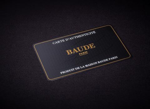 Fabrication de cartes d'authenticité personnalisée en métal, finition black