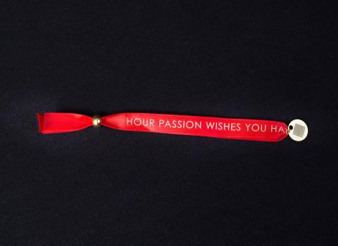 Fabrication d'un bracelet double satin imprimé comprenant un charm en inox